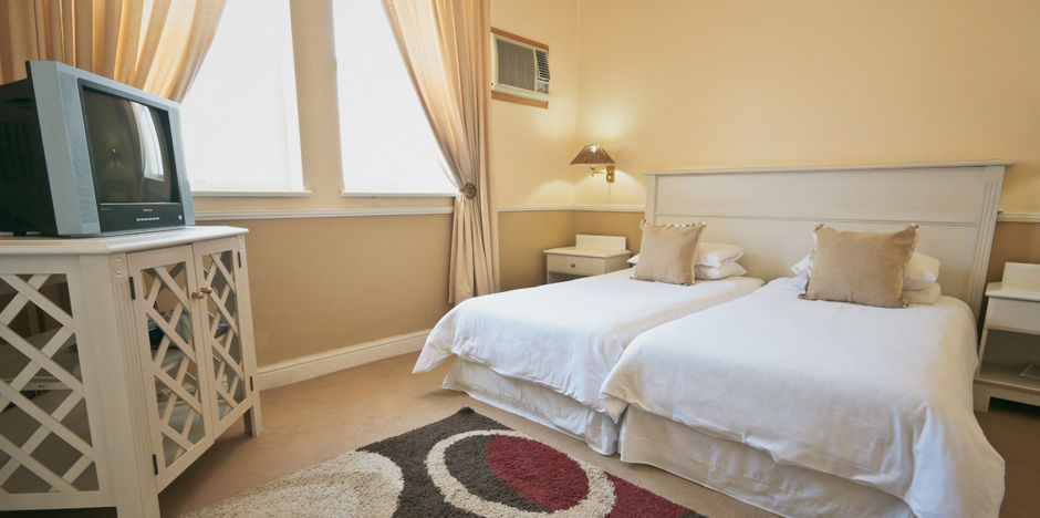 Accommodation - Standard Courtyard Suite